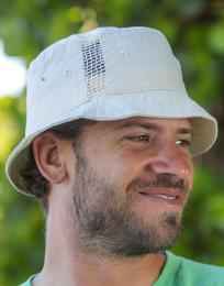 Sportovní klobouk se sí�ovými vsadkami